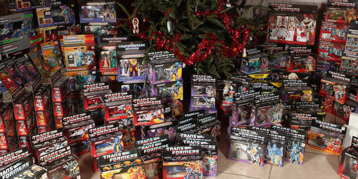 Man of Action Figures is a family owned and operated business specializing in everything action figures. On our website, you will find the newest and hottest action figures from Marvel, DC, WWE, NFL, Star Wars, and other collectibles. We are constantly updating our inventory with new products from across the superhero universe and beyond.